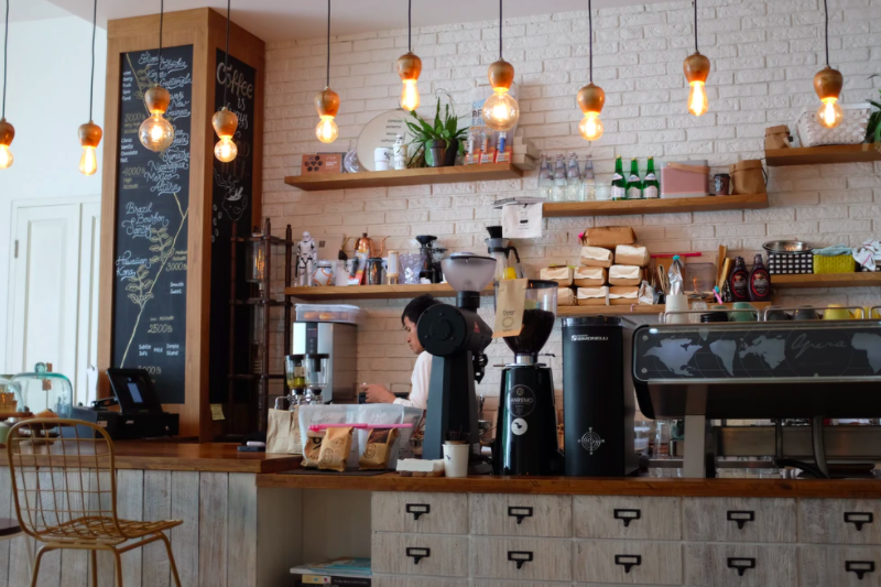 is a coffee shop a good investment?
